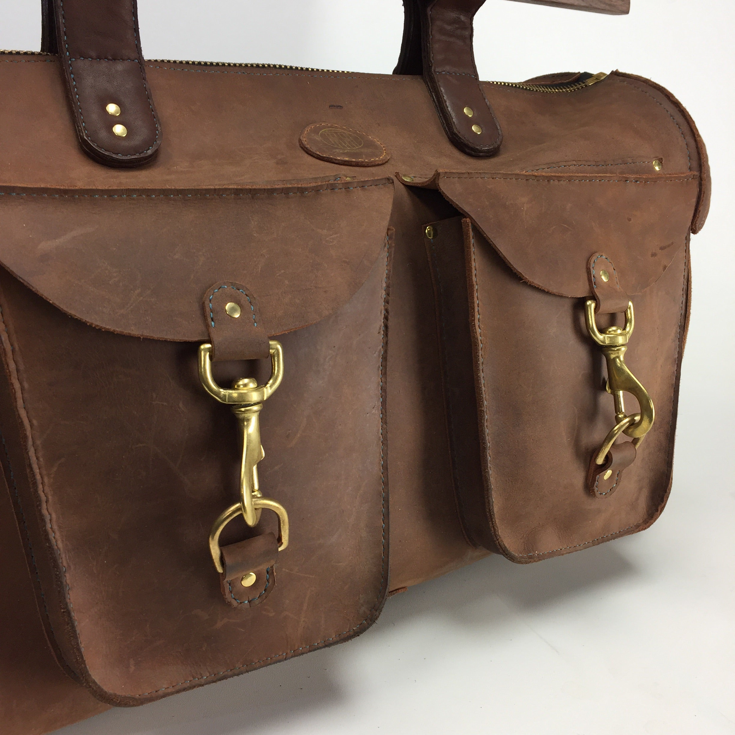 Thomas Hart designed leather weekender bag