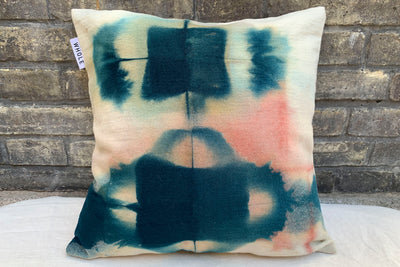 WAVA Aquarelle / Coussin laine pièce unique / One-of-a-kind wool cushion