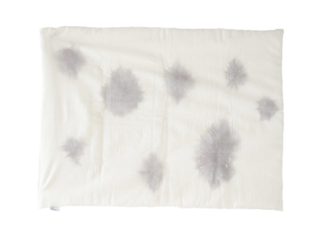 MINI WAWA clouds Edredon/tapis bébé nuages / baby duvet with clouds pattern
