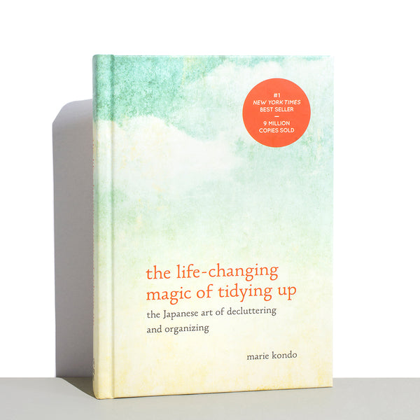 Life Changing Magic of Tidying (The Japanese Art Of Decluttering And Organizing)