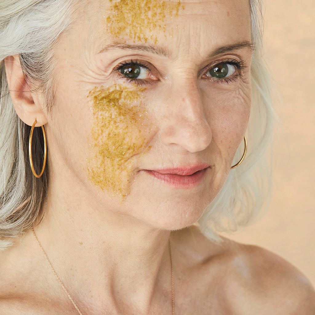 Massage the Turmeric Mask into damp skin while avoiding eye area. Leave on for 5-15 minutes to let the enzymes work their magic. Remove with water in circular motions to exfoliate. For added exfoliation, remove with damp cloth. Use 2-3 times weekly for optimum results.