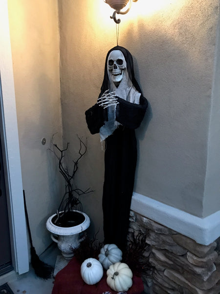 """The Nun"" Catacomb Collection five foot hanging Halloween skeleton"