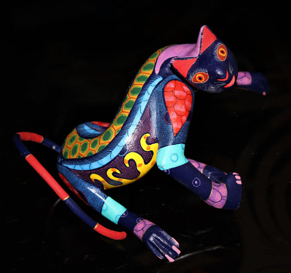 Oaxacan Carved Wood 3338--Acrobatic Cat