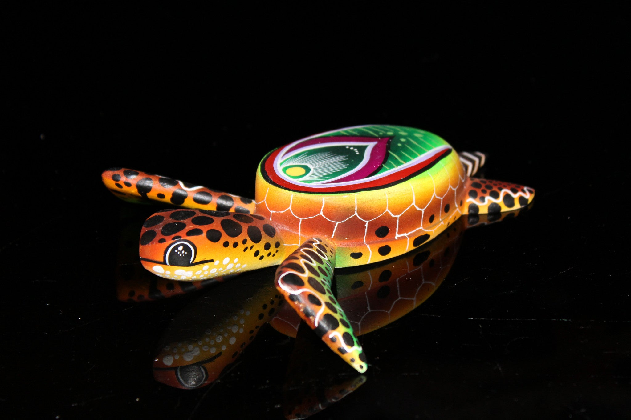 Oaxacan Carved Wood 3342--Swimming Turtle