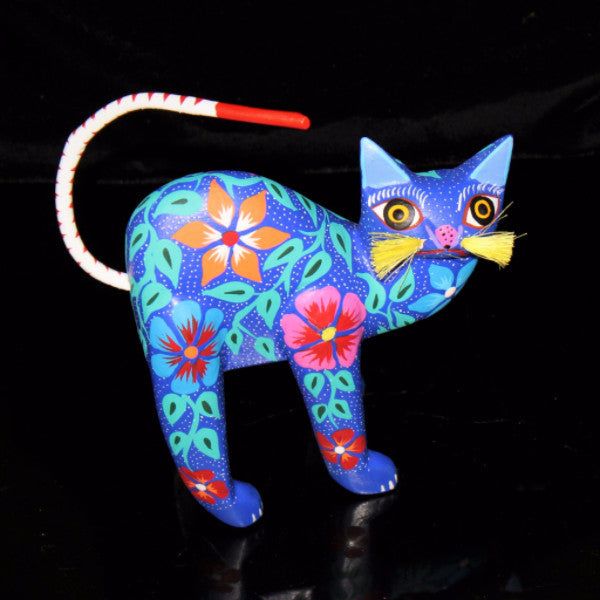 Oaxacan Carved Wood 3324---Blue Cat