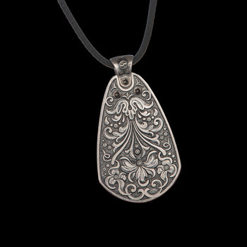 William Henry TURIN SILVER Guitar Pick Mens Pendant Necklace