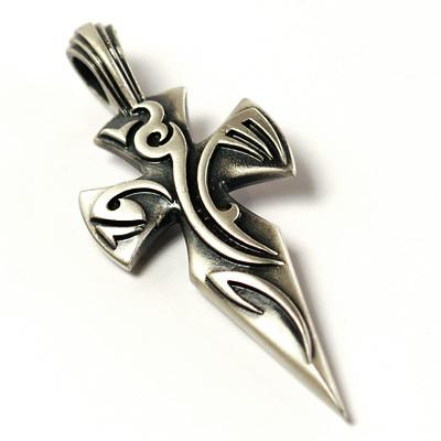 A SANCTI CRUSADERS TATTOO CROSS in Silver