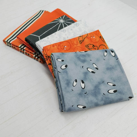 Precut Stash 6 Fat Quarter Bundle - Halloween - Casper