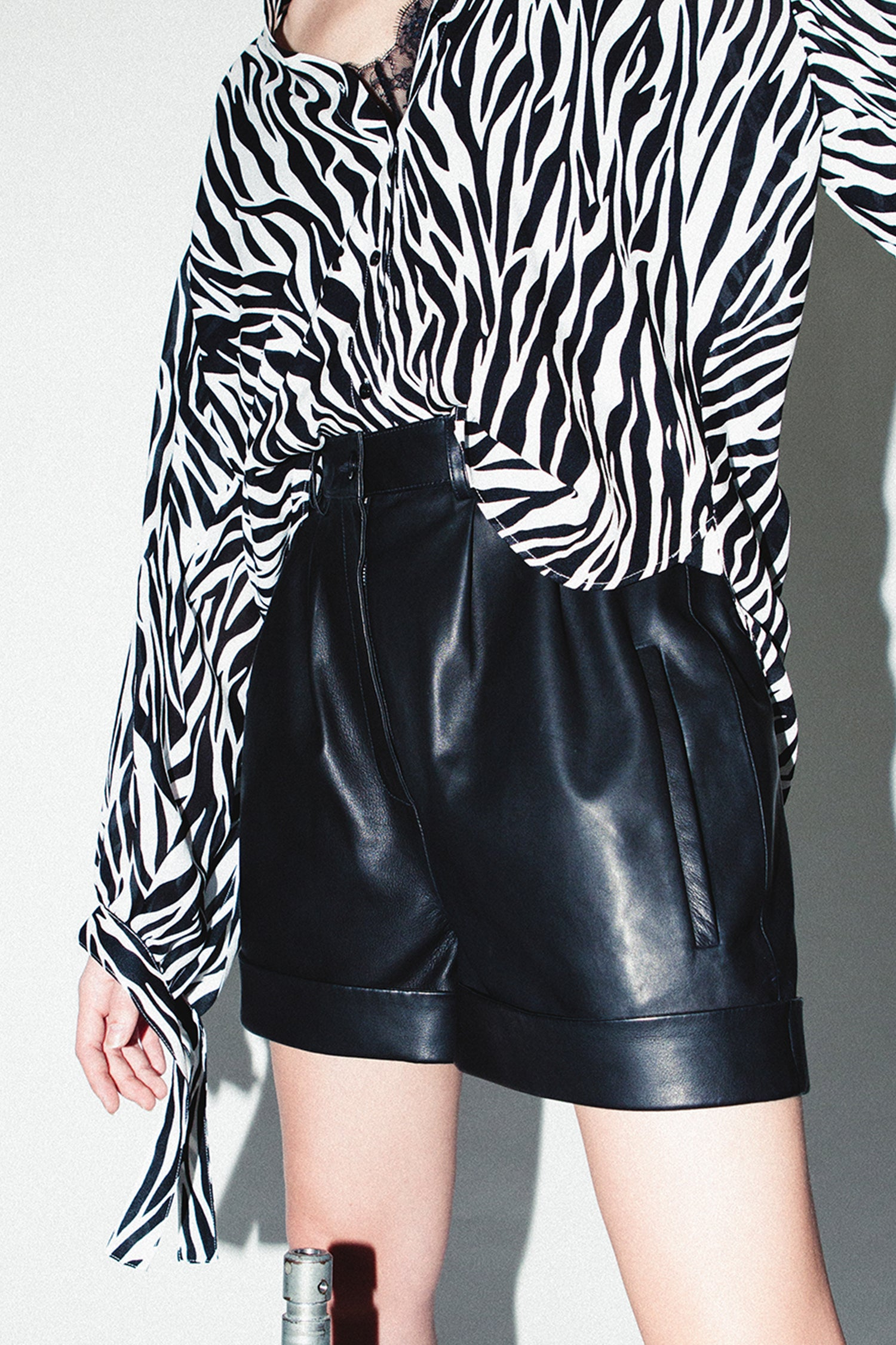 HIGH WAIST LEATHER SHORTS