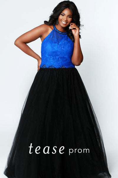 TE1717 plus size two piece blue lace top with beaded halter neckline and tulle black skirt with beaded belt.