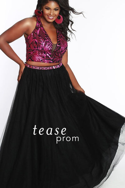 TE1833 in magenta and black is a two piece with a sequined bodice has a deep V-neckline with bra-friendly straps. The A-line tulle fabric skirt starts with a natural waistline and has a beaded belt to match the top and pockets