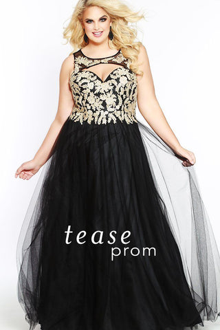 TE1840 in black is sleeveless, and has a keyhole neckline with a sweetheart-style bodice that has embroidered lace appliques. Its A-line tulle ball gown skirt is fully lined