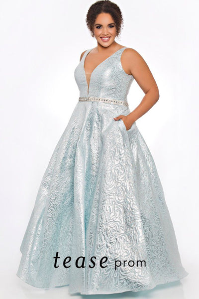 TE2001 plus size dress in Ice Blue or Blush has a A-line silhouette, V-neckline, full skirt with pockets and beaded belt.