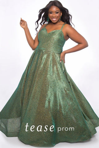 TE2020 stretch metallic fabric formal dress with sweetheart neckline, duo spaghetti straps, full A-line stretch metallic skirt with pockets and center-back zipper.