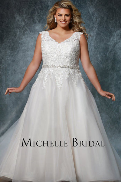 MB1909 plus size bridal ball gown with lace bodice, beaded belt and tulle skirt