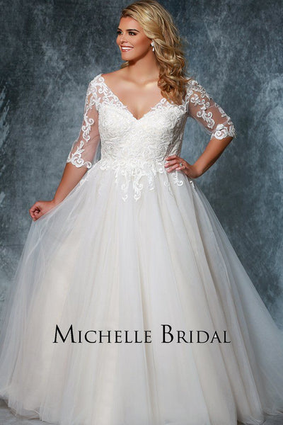MB1922 plus size bridal ball gown with V-neckline, lace sleeves and tulle skirt