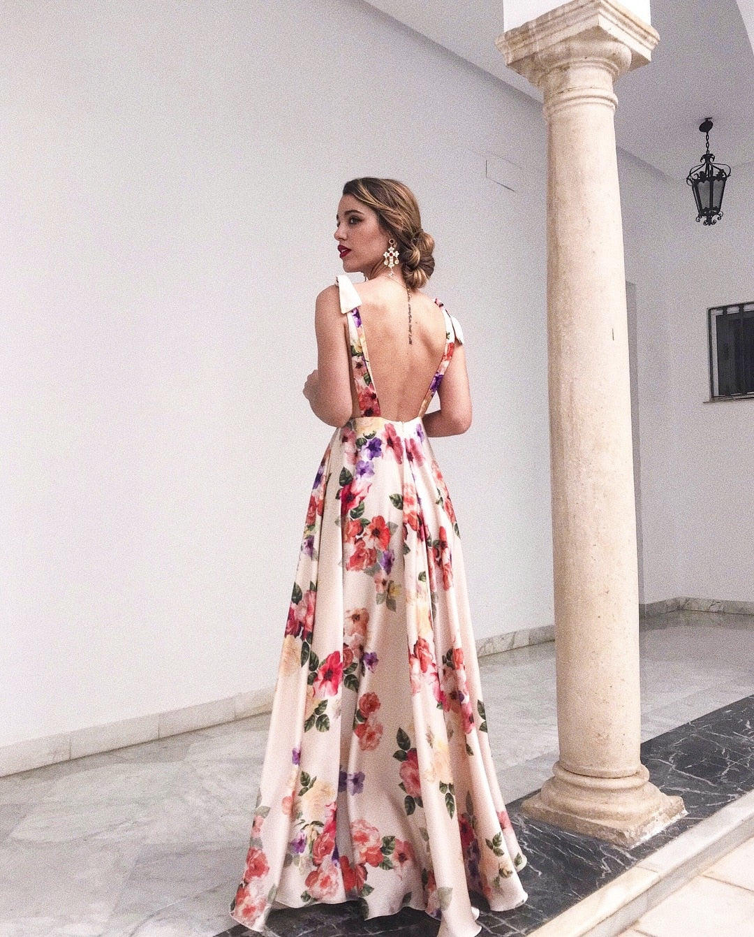 Ivory - Floral Sleeveless Maxi Dress