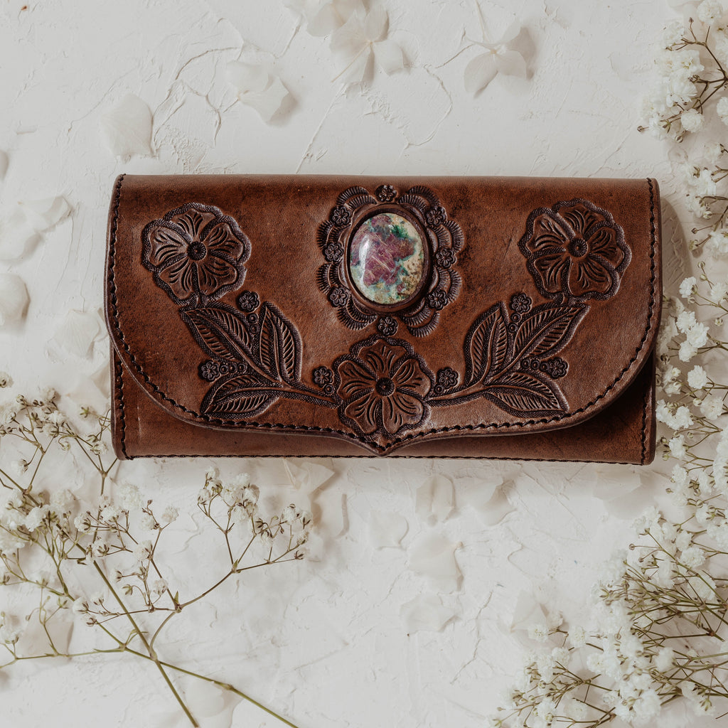 Desert Flower Leather Wallet with Ruby in Fushite in Brown