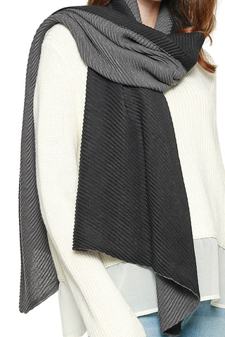 DOUBLE SIDED PLEATED SCARF