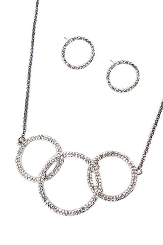 Linked Circle Necklace Set