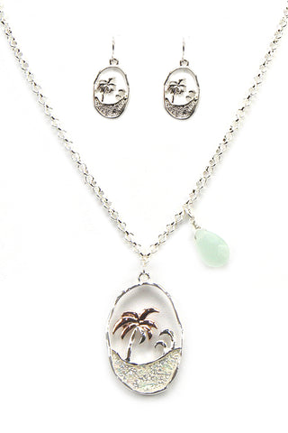 Seashore Necklace Set