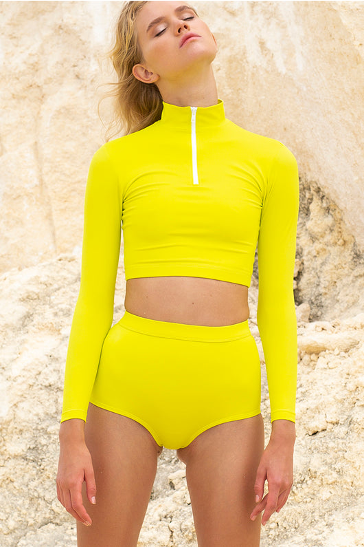 STORM HIGH NECK LONGSLEEVE CROP TOP - zest