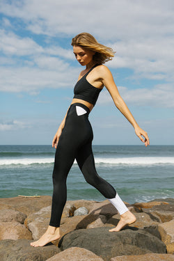GOOFY  HIGH WAIST LEGGINGS - black/white