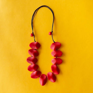Ruby Olive Everyday Wave Necklace in Red
