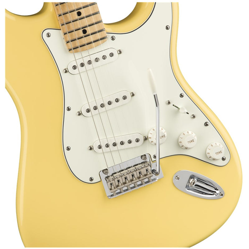Fender Player Stratocaster w/ Maple Fingerboard (Buttercream)