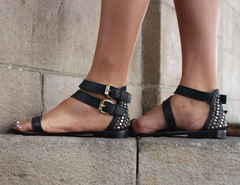 COOPER SANDAL - BLACK OR TAN