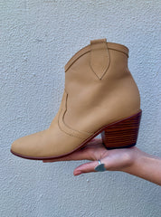**PREORDER** THE EVA BOOT : NATURAL