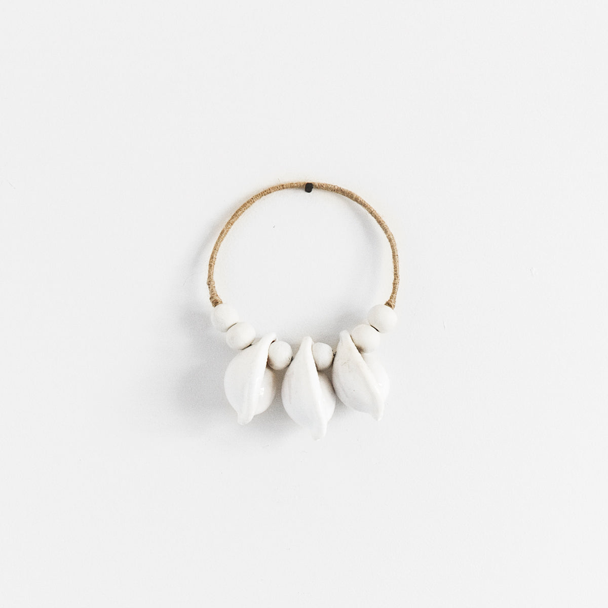 MINI COWRIE WALL HANGING - NATURAL