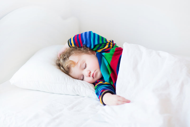 5 Natural Tips To Help You And Your Toddler Get A Good Night's Sleep