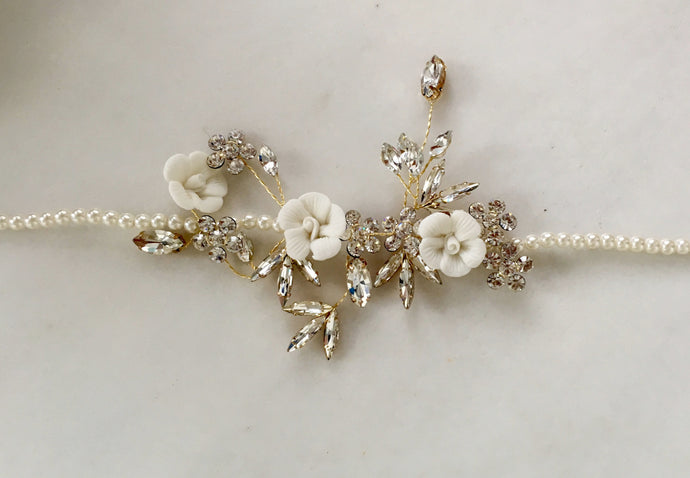 Pearl Floral Side Headpiece