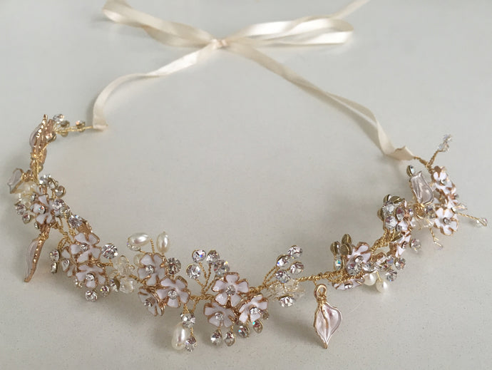 White Flower & Diamanté Gold Hair vine