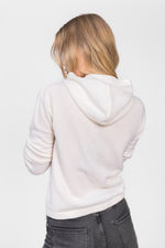 cashmere sweater with hood in 100% cashmere by Kashmina