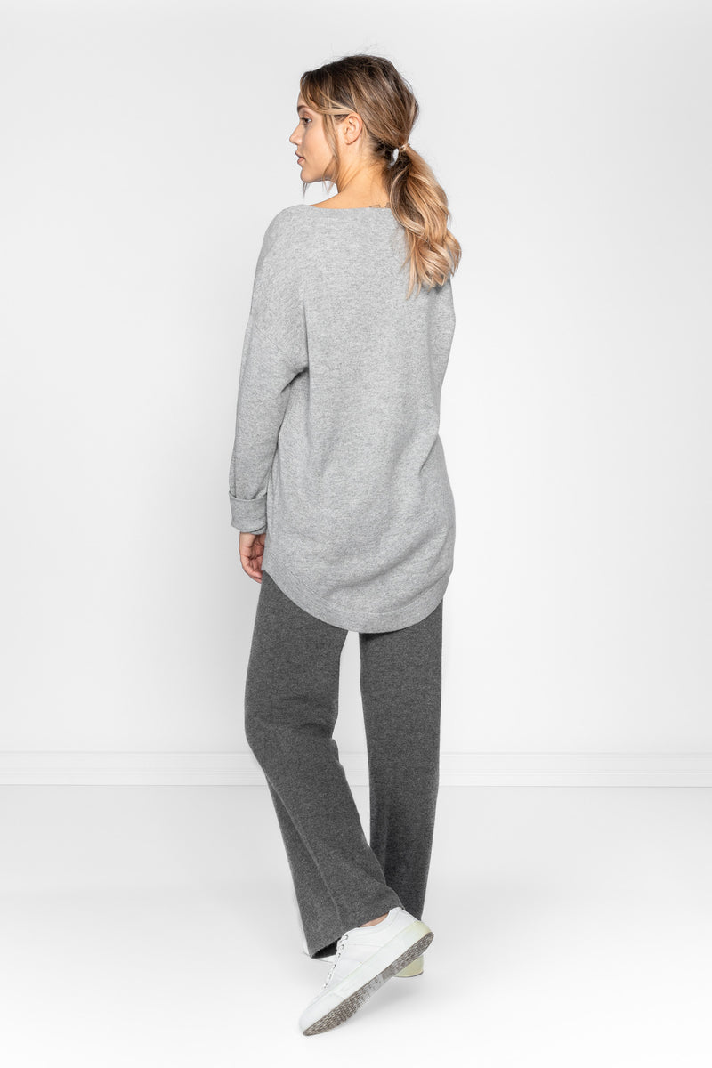 cashmere sweater v-neck from Kashmina 100% pure cashmere