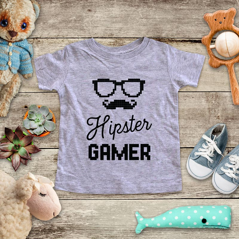 Hipster Gamer - playing Retro Video game design Baby Onesie Bodysuit, Toddler & Youth Soft Shirt