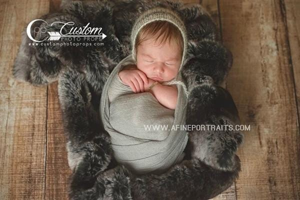 Newborn photography black faux fur
