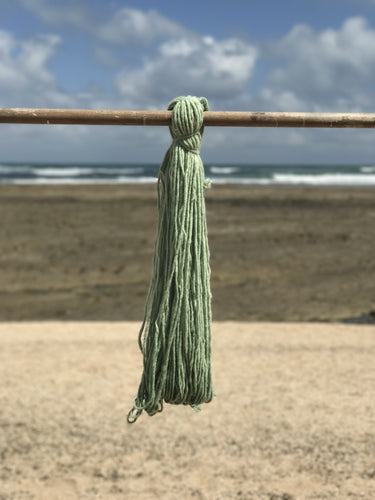 100g Hand Spun Single Thread Green Middle Atlas Wool