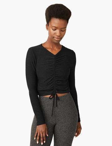 Beyond Yoga Scrunched It Up Cropped Pullover