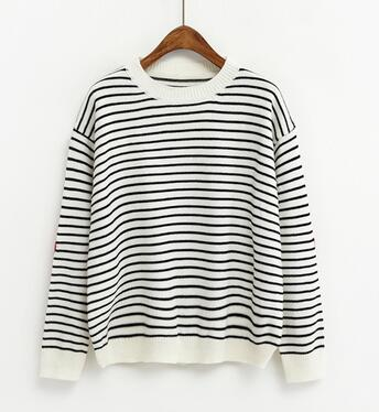 Heart Print Pullover - antianti