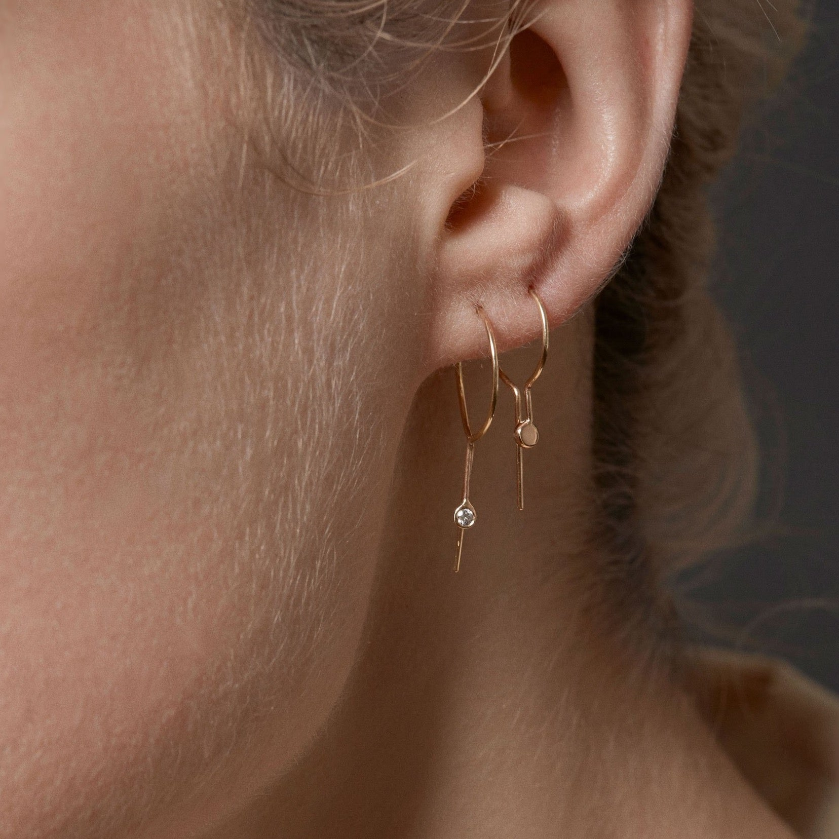 CIRCLE KEY EARRING - 14K YELLOW GOLD