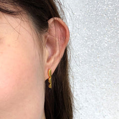 DELIGHTFUL LINES STUD EARRINGS - GOLD