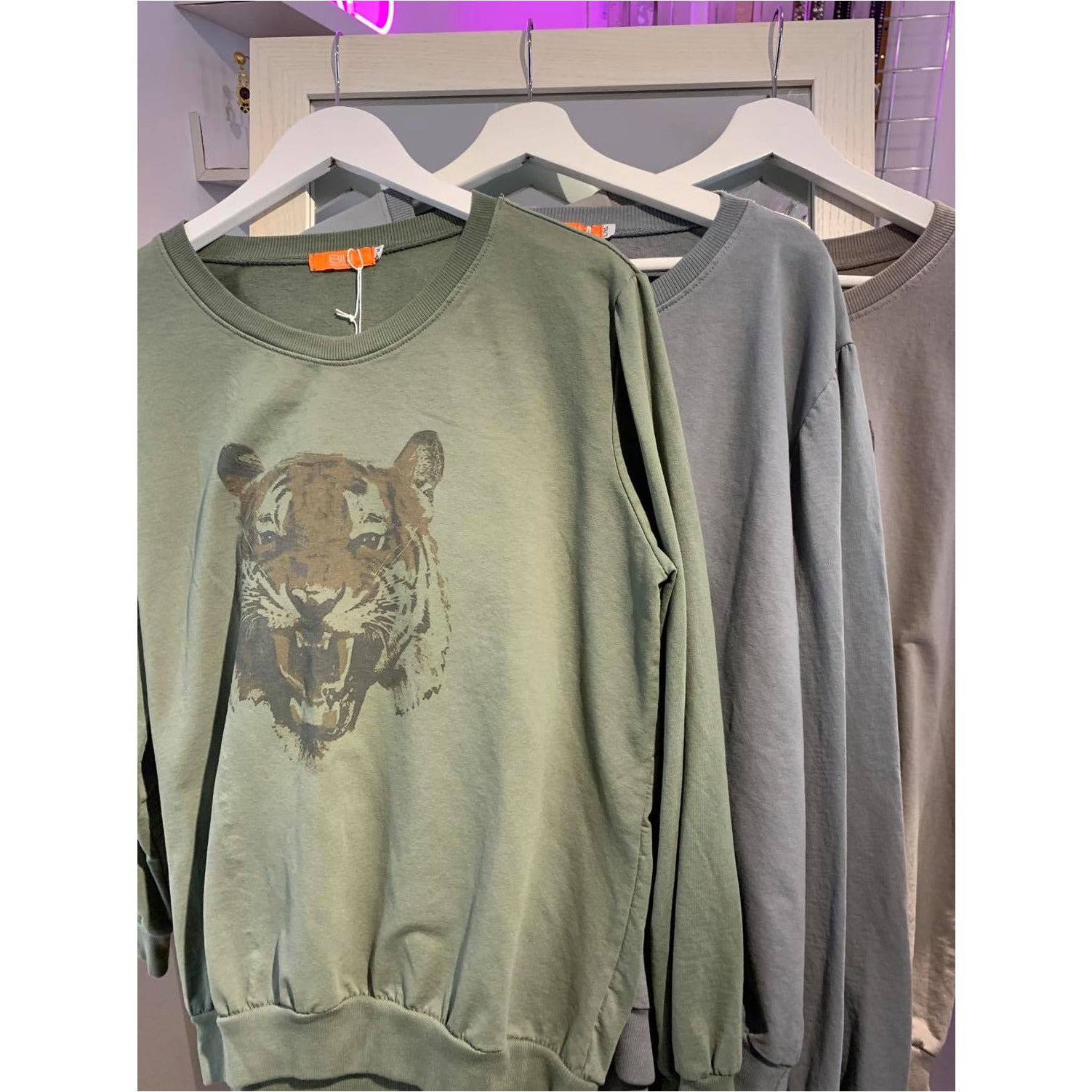 Limited Edition Sweatshirt with Tiger Design - 3 colours available