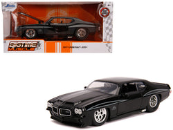 "1971 Pontiac GTO Judge Glossy Black ""Bigtime Muscle"" 1/24 Diecast Model Car by Jada"