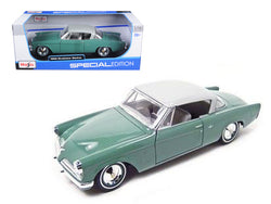 1953 Studebaker Starliner Green 1/18 Diecast Model Car by Maisto