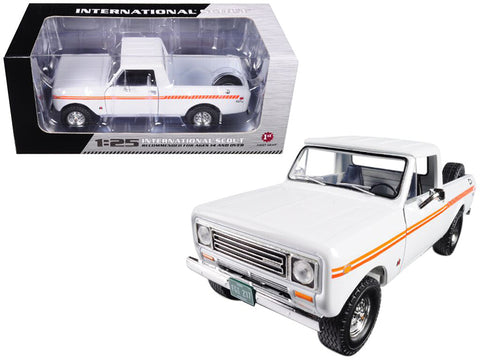 1979 International Scout Terra Pickup Truck White / Orange Spear 1/25 Diecast Model by First Gear