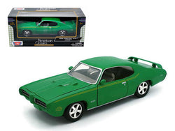 1969 Pontiac GTO Judge Green 1/24 Diecast Model Car by Motormax