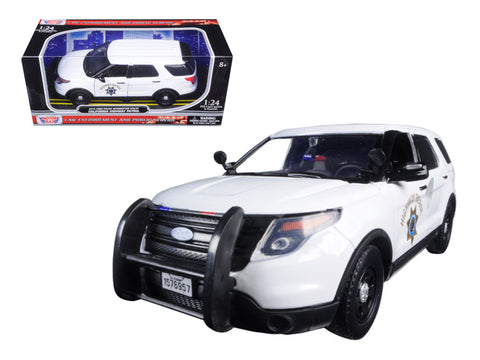 2015 Ford Interceptor Police Utility California Highway Patrol (CHP) White 1/24 Diecast Model Car by Motormax